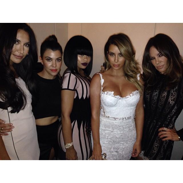 Kim Kardashian feiert mit ihren Freundinnen in Las Vegas.